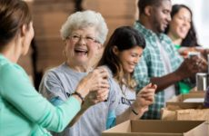 15 Unexpected Benefits of Volunteering That Will Inspire You